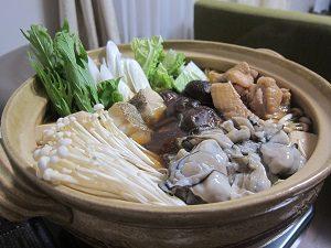 鍋は野菜だけじゃなくてタンパク質も摂れるのがイイね。