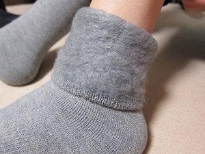 もちはだの靴下。冷え性の人にはホントにおススメ。