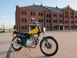 真冬でもバイクに乗ってます。