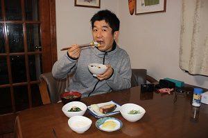 和食中心のごはんを食べてます